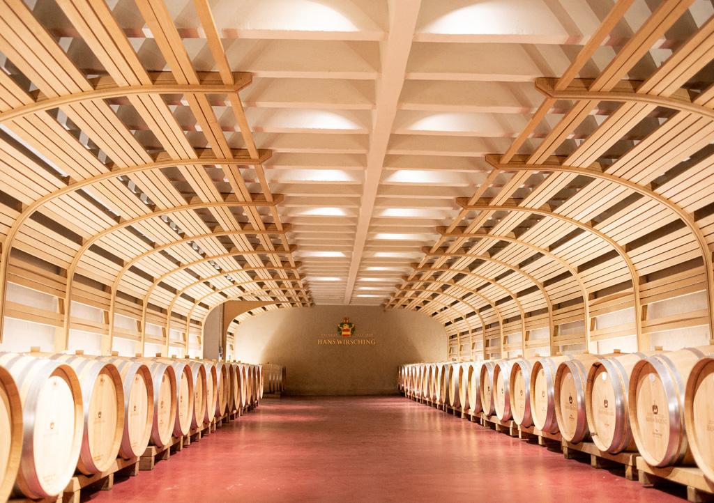 Weingut Wirsching Weinkeller Iphofen